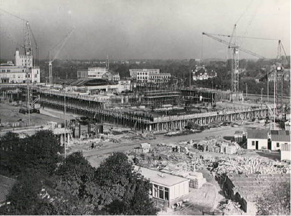 De bouw van het Congresgebouw (1964-1969)